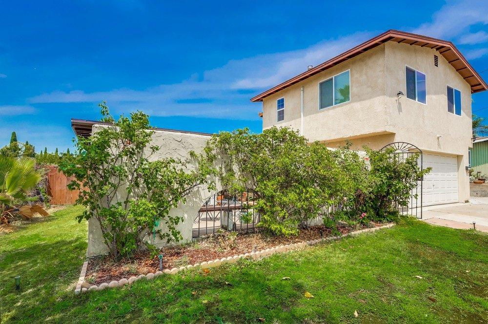 Main Photo: LA MESA Property for sale: 6070 Howell Dr