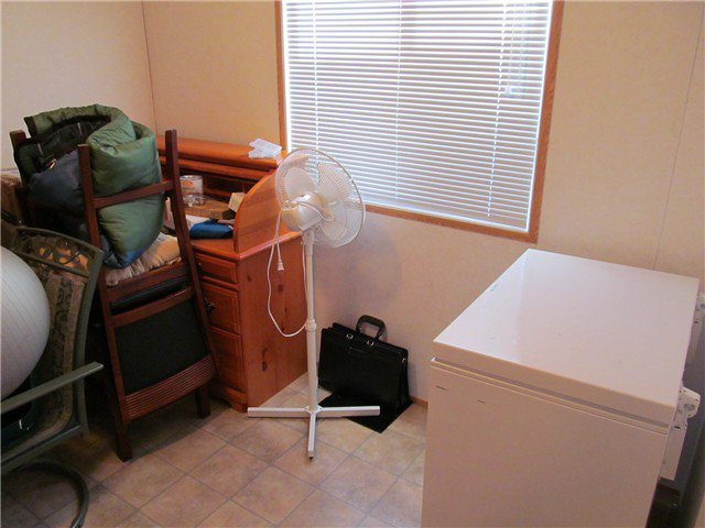 """Photo 10: Photos: 59 9203 82ND Street in Fort St. John: Fort St. John - City NE Manufactured Home for sale in """"COURTYARD MHP"""" (Fort St. John (Zone 60))  : MLS®# N224021"""