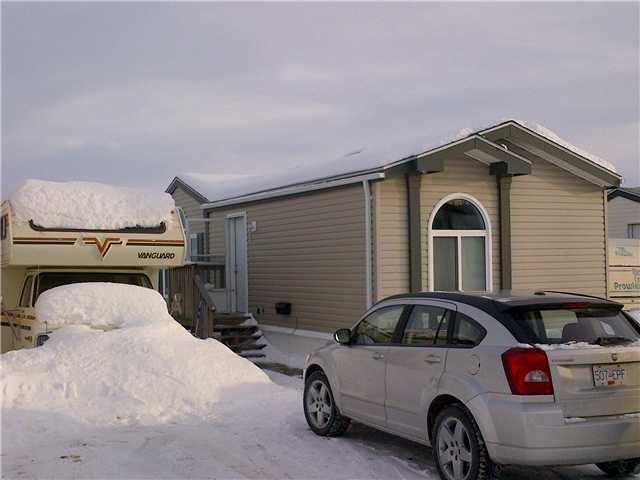 """Photo 2: Photos: 59 9203 82ND Street in Fort St. John: Fort St. John - City NE Manufactured Home for sale in """"COURTYARD MHP"""" (Fort St. John (Zone 60))  : MLS®# N224021"""
