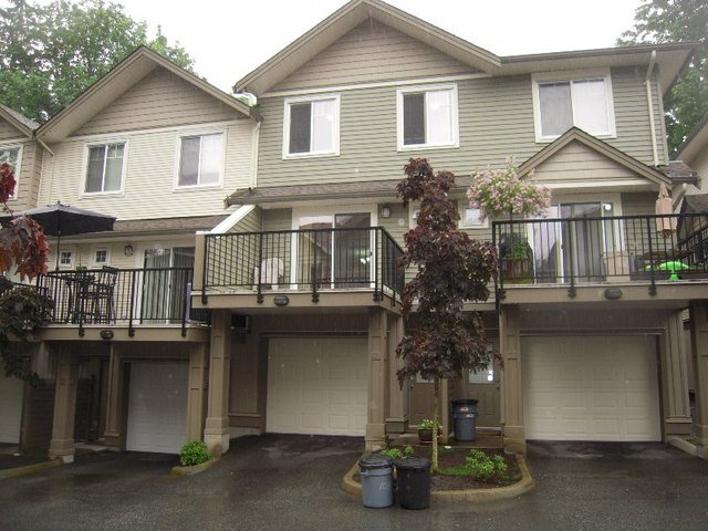 Main Photo: 109 4401 BLAUSON Boulevard in Abbotsford: Abbotsford East Townhouse for sale : MLS®# F1311685