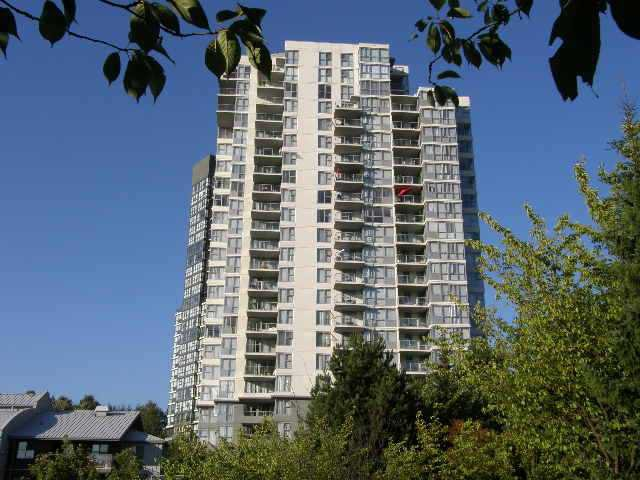 Main Photo: 307 295 GUILDFORD Way in Port Moody: North Shore Pt Moody Condo for sale : MLS®# V1017775