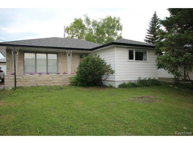 Main Photo: 860 Airlies Street in WINNIPEG: West Kildonan / Garden City Residential for sale (North West Winnipeg)  : MLS®# 1418008