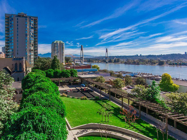 Main Photo: # 801 39 SIXTH ST in New Westminster: Downtown NW Condo for sale : MLS®# V1030114