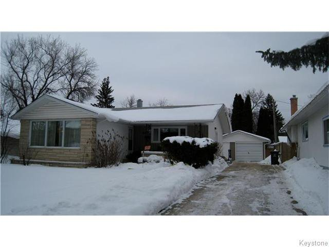 Main Photo: 447 Thompson Drive in Winnipeg: Single Family Detached for sale (Grace Hospital)  : MLS®# 1600096