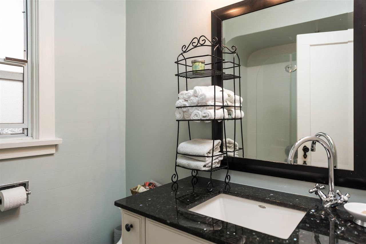 Photo 10: Photos: 403 W 20TH AVENUE in Vancouver: Cambie House for sale (Vancouver West)  : MLS®# R2276001