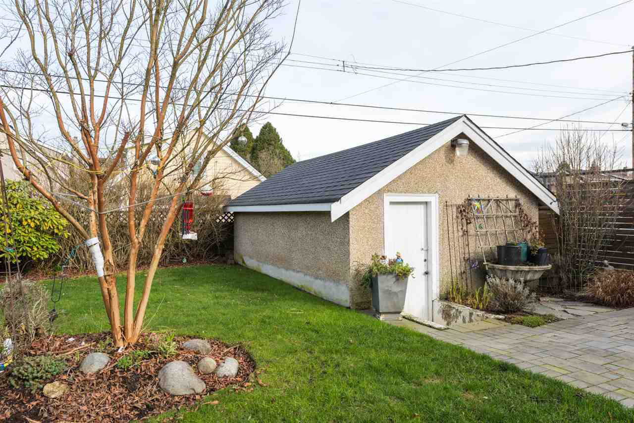 Photo 18: Photos: 403 W 20TH AVENUE in Vancouver: Cambie House for sale (Vancouver West)  : MLS®# R2276001