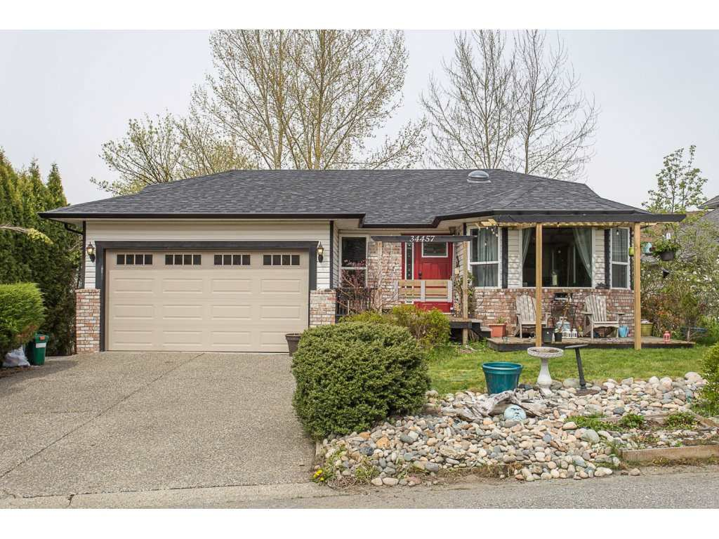Main Photo: 34457 THOREAU AVENUE in : Abbotsford East House for sale : MLS®# R2257585