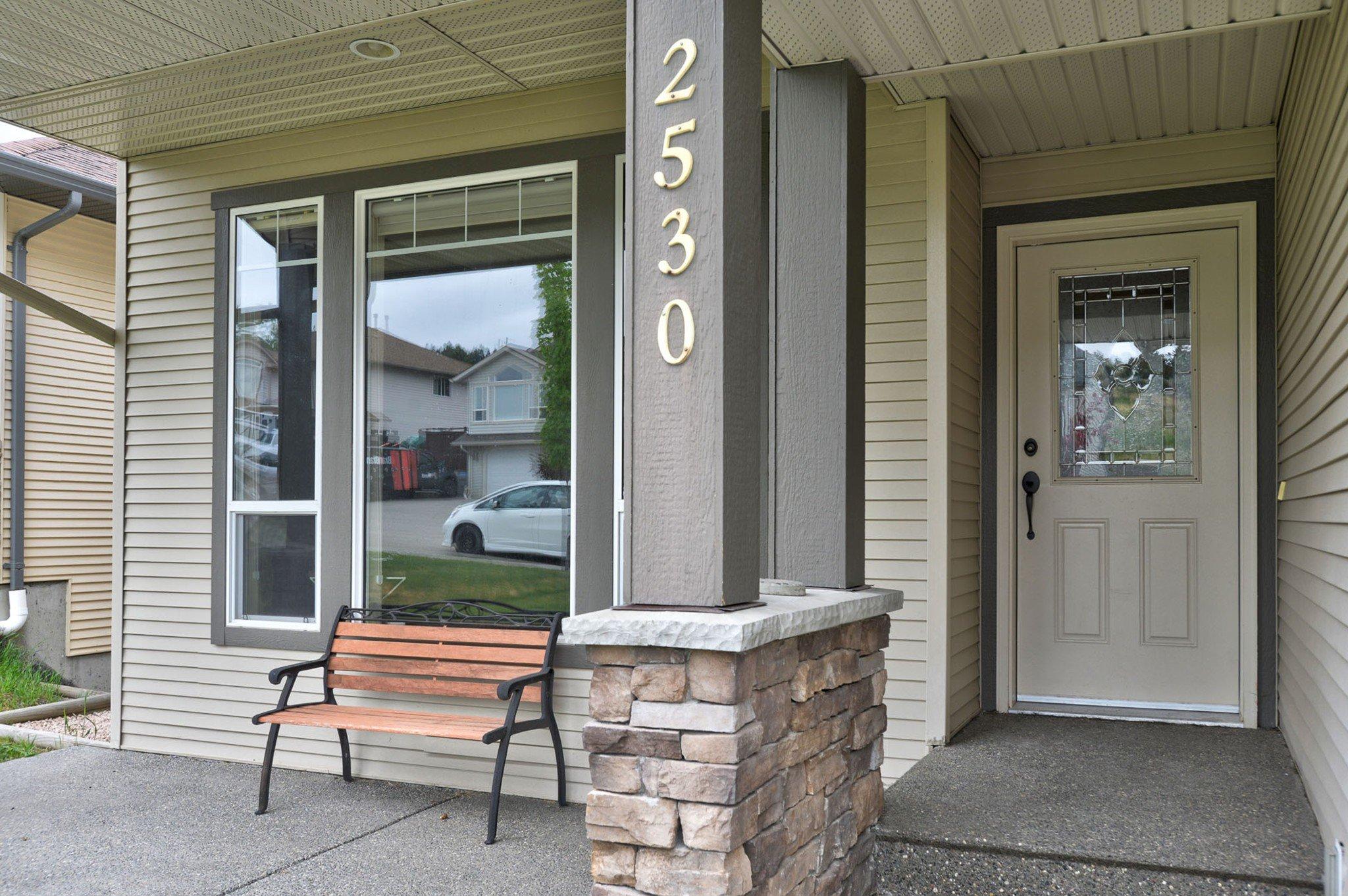 Main Photo: 2530 Abbeyglen Way in Kamloops: Aberdeen House for sale : MLS®# 151441