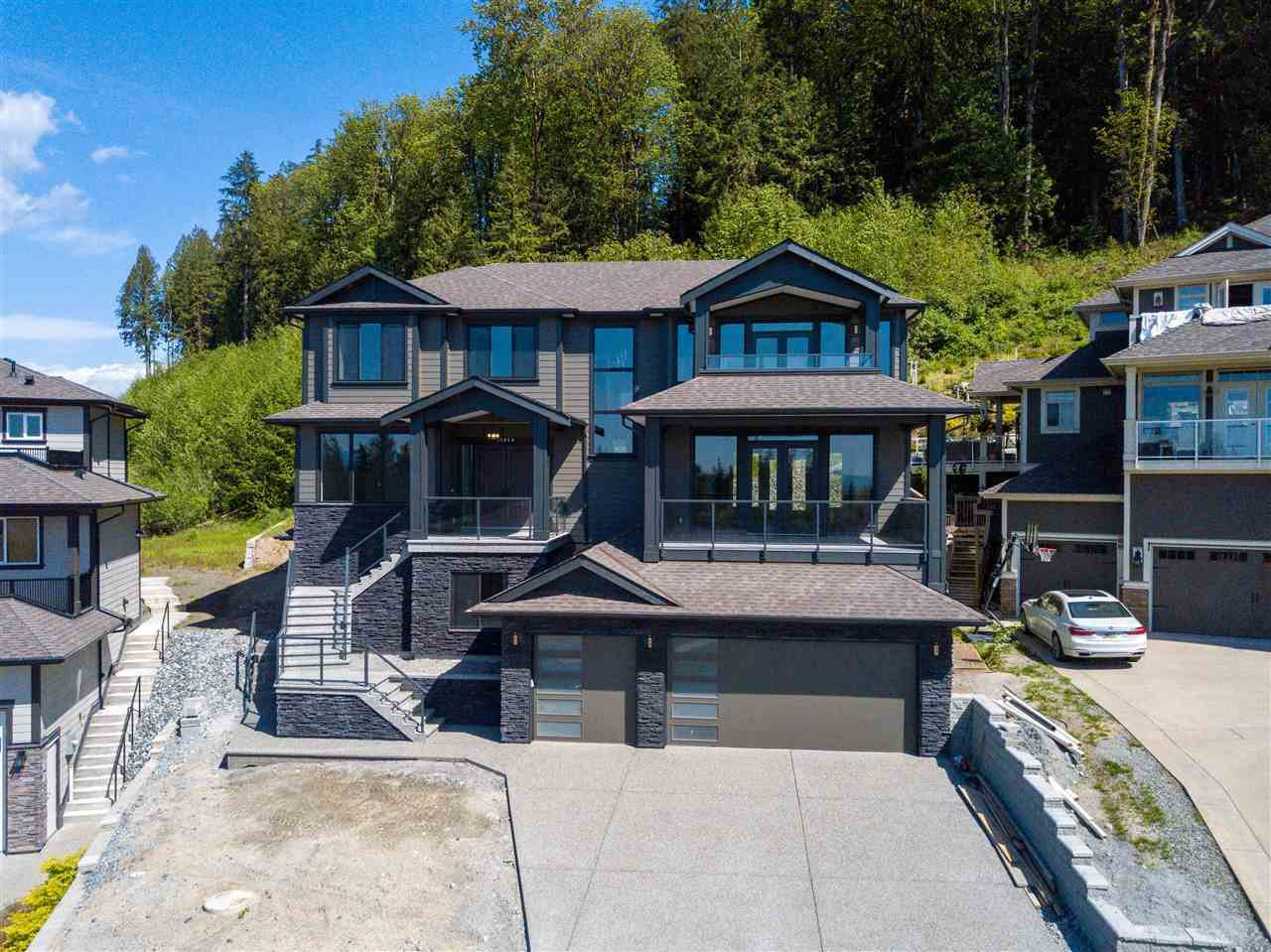 "Main Photo: 11050 CARMICHAEL Street in Maple Ridge: Whonnock House for sale in ""Grant Hill Estates"" : MLS®# R2396961"