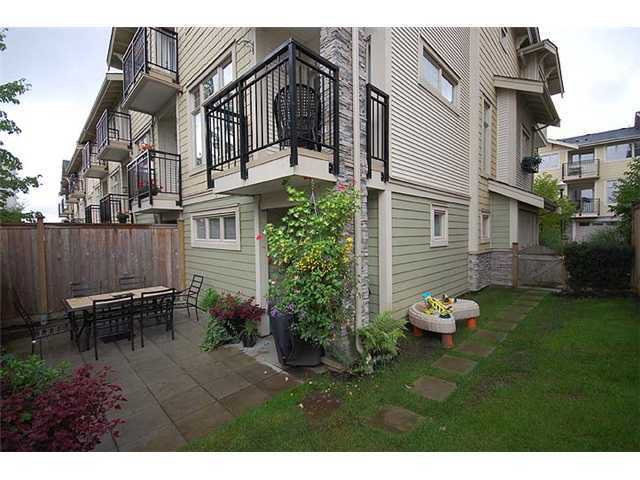 "Photo 10: Photos: 26 245 FRANCIS Way in New Westminster: Fraserview NW Townhouse for sale in ""GLENBROOK AT VICTORIA HILL"" : MLS®# V936065"