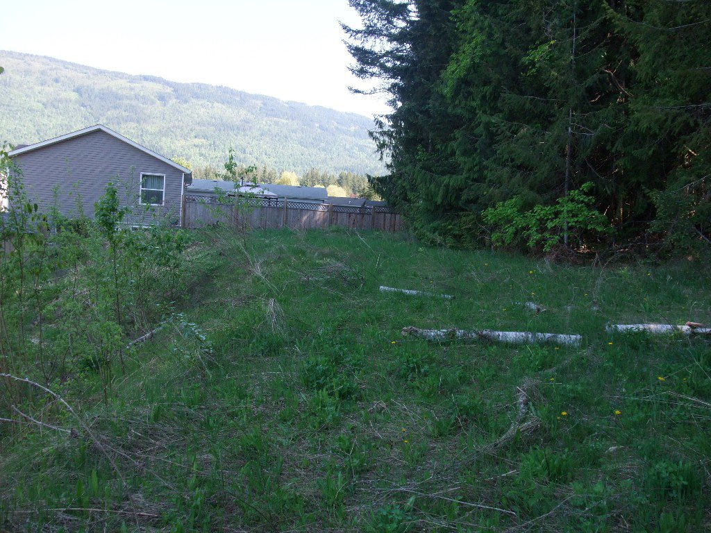 Photo 10: Photos: 4530 NE 72 Avenue in Salmon Arm: Canoe Land Only for sale : MLS®# 10111581
