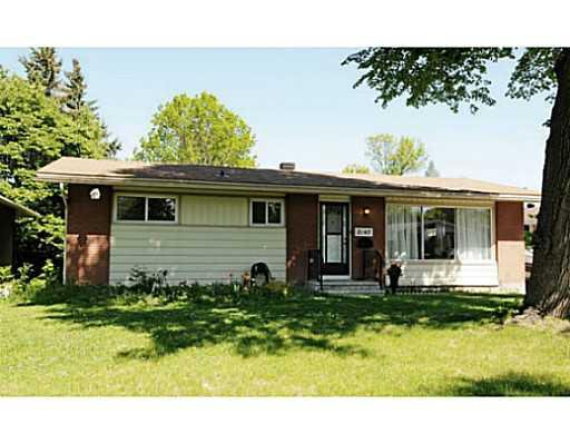 Main Photo: 2147-A Lambeth Wk in Ottawa: House for lease : MLS®# 938380