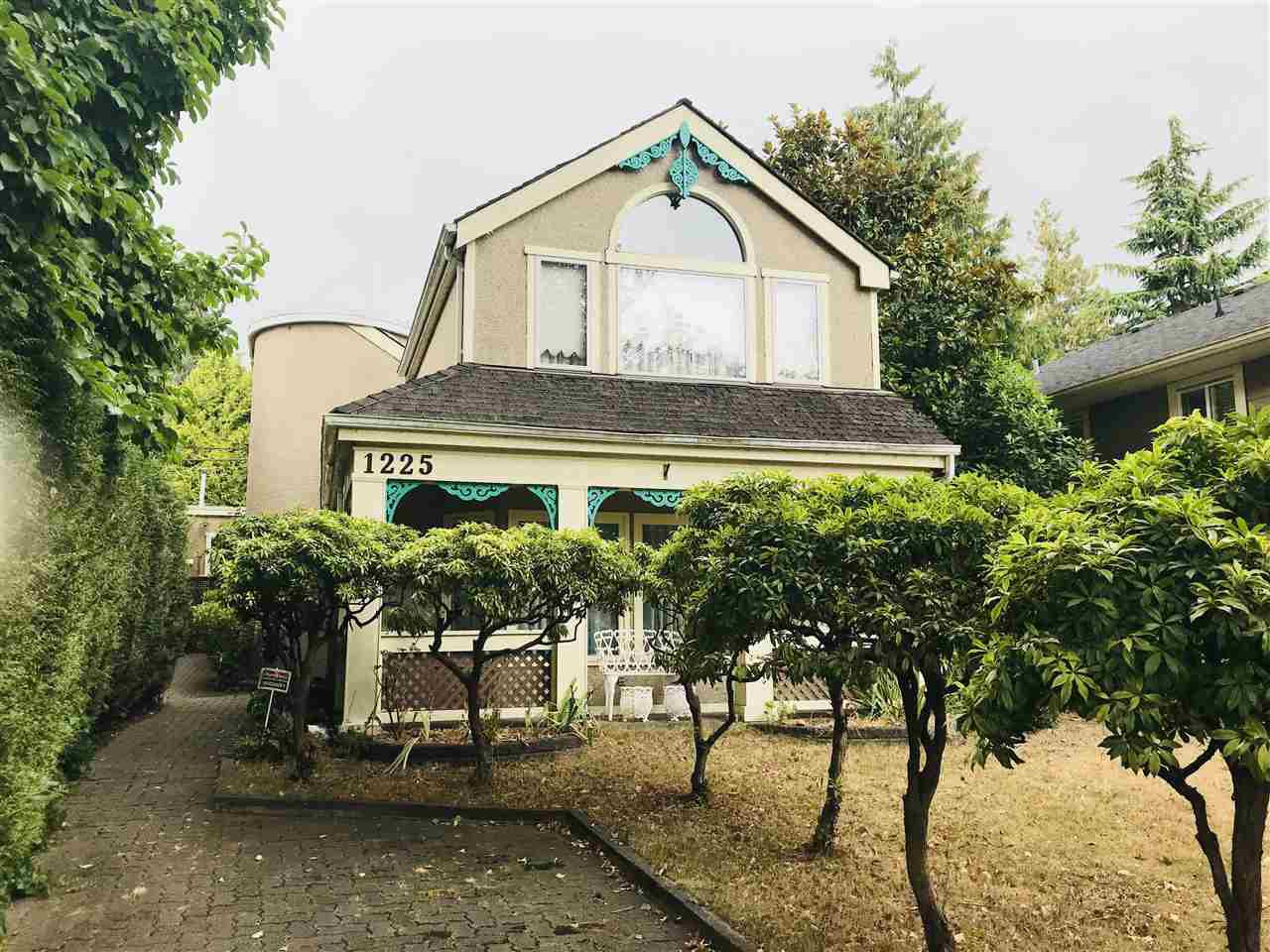 Main Photo: 1225 PARK DRIVE in Vancouver: South Granville House for sale (Vancouver West)  : MLS®# R2303465