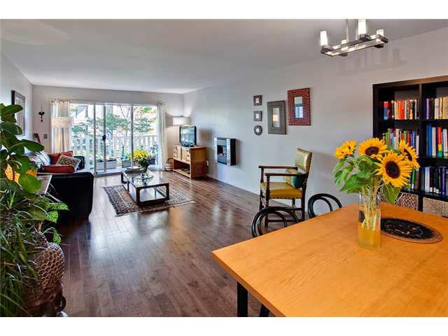 Main Photo: 201 2365 W 3RD AVENUE in : Kitsilano Condo for sale : MLS®# V972009