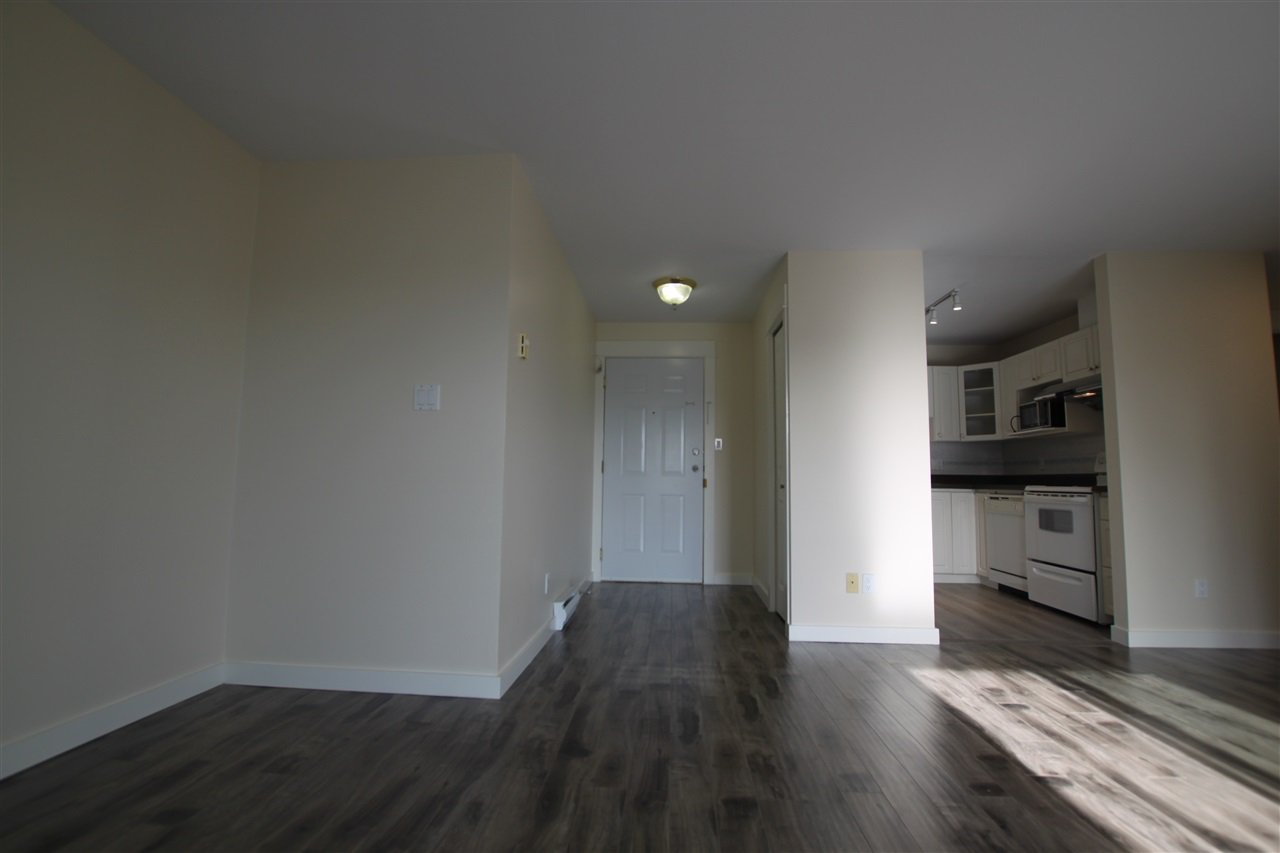 Photo 6: Photos: 302 2212 OXFORD STREET in Vancouver: Hastings Condo for sale (Vancouver East)  : MLS®# R2370060