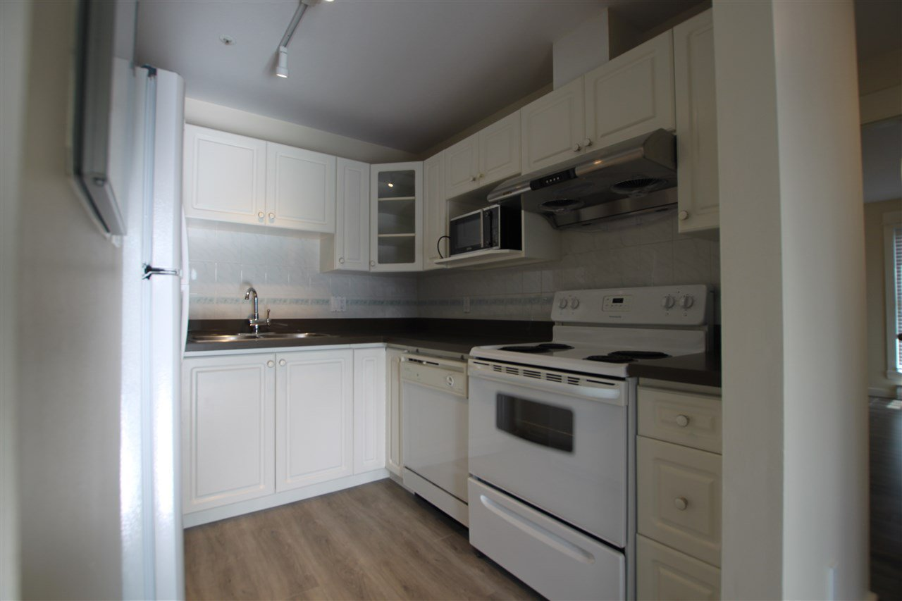 Photo 7: Photos: 302 2212 OXFORD STREET in Vancouver: Hastings Condo for sale (Vancouver East)  : MLS®# R2370060