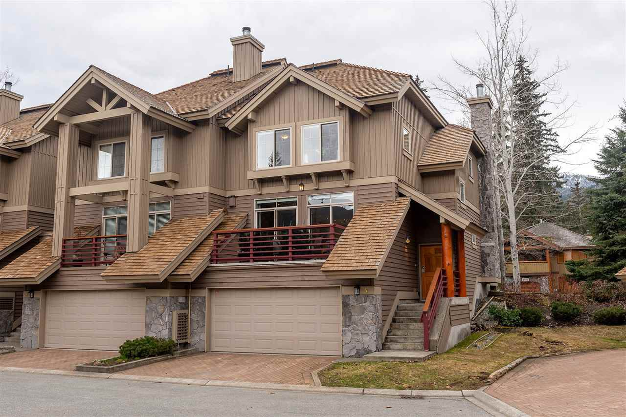 """Main Photo: 4 8030 NICKLAUS NORTH Boulevard in Whistler: Green Lake Estates Townhouse for sale in """"Englewood Greens"""" : MLS®# R2447355"""