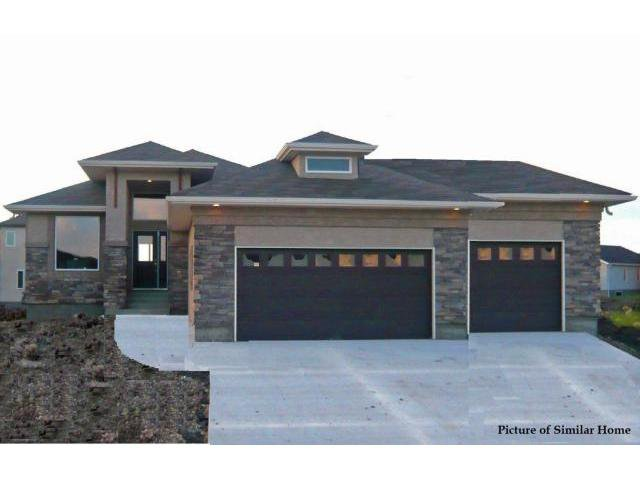 Main Photo: 72 Yorkvalley Way in Winnipeg: Residential for sale : MLS®# 1301218