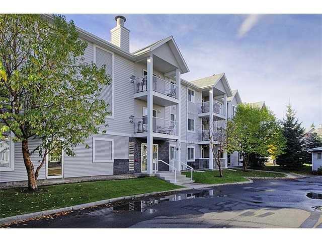 Main Photo: 2304 VALLEYVIEW Park SE in CALGARY: West Dover Condo for sale (Calgary)  : MLS®# C3562606