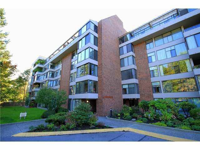 Main Photo: 204 4101 YEW STREET in Vancouver: Quilchena Condo for sale (Vancouver West)  : MLS®# V1123979