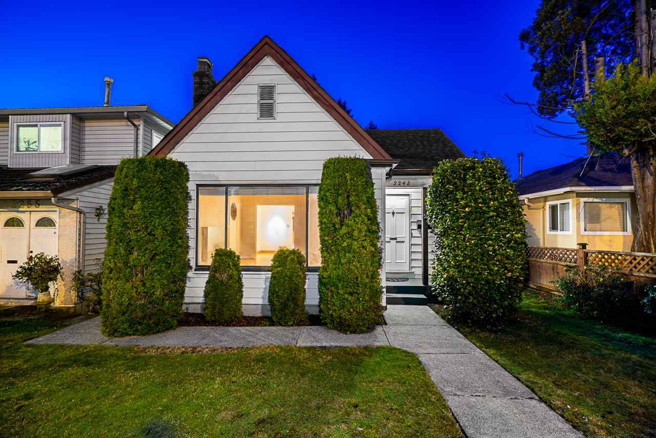 Main Photo: 2243 RENFREW Street in Vancouver: Renfrew VE House for sale (Vancouver East)  : MLS®# R2422883