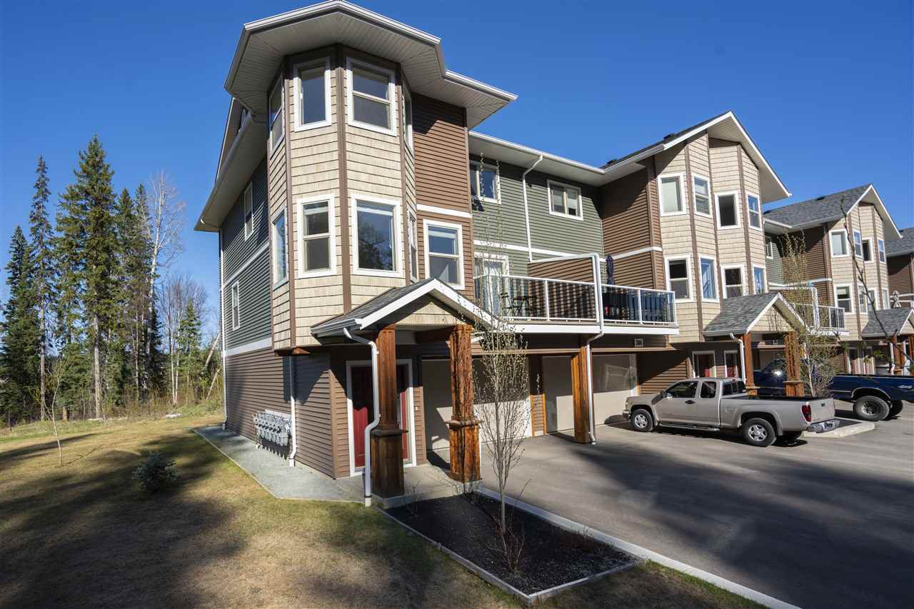 Main Photo: 307 7400 CREEKSIDE Way in Prince George: Lower College Townhouse for sale (PG City South (Zone 74))  : MLS®# R2455039