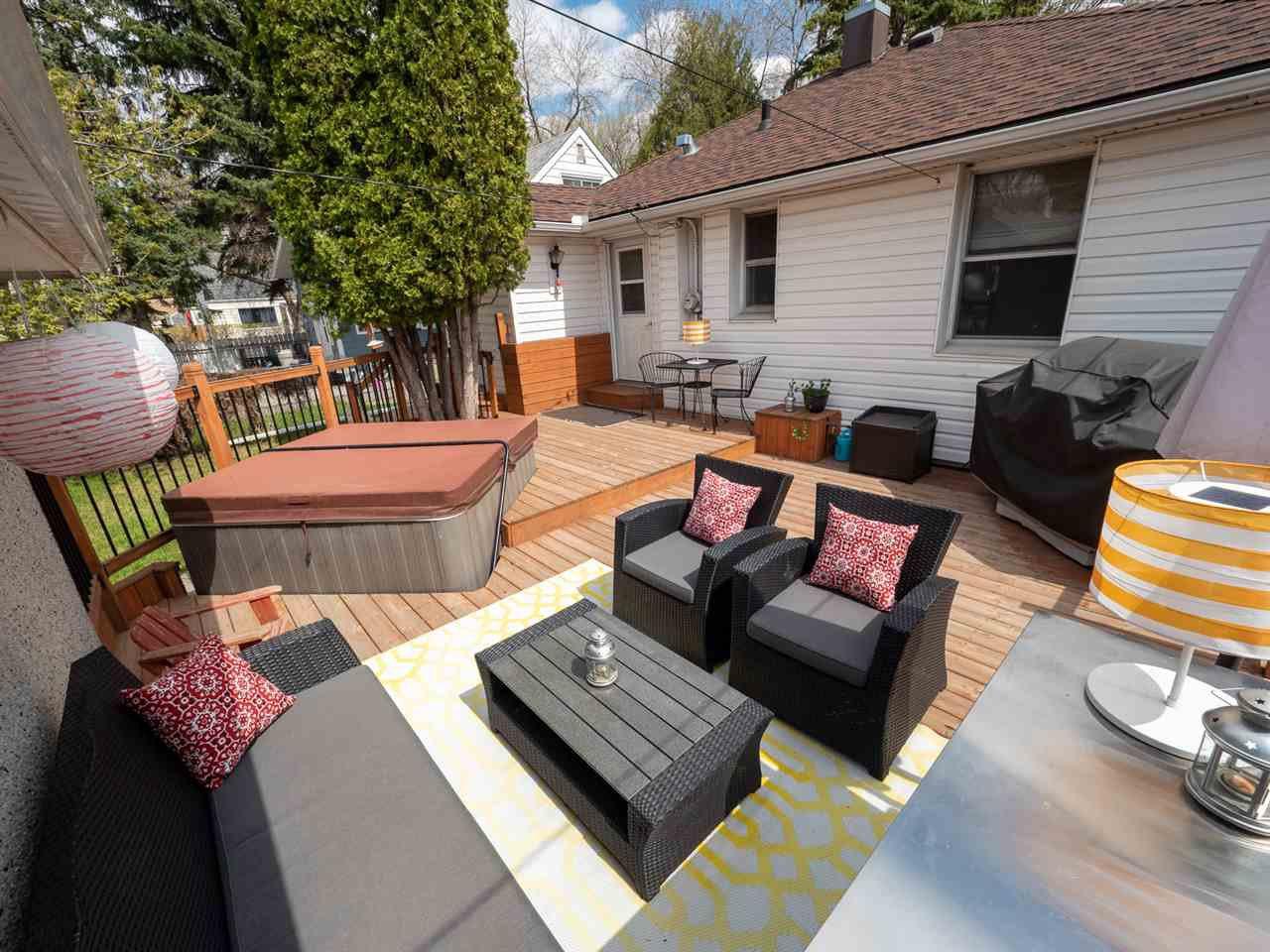 Main Photo: 12086 58 Street in Edmonton: Zone 06 House for sale : MLS®# E4201475