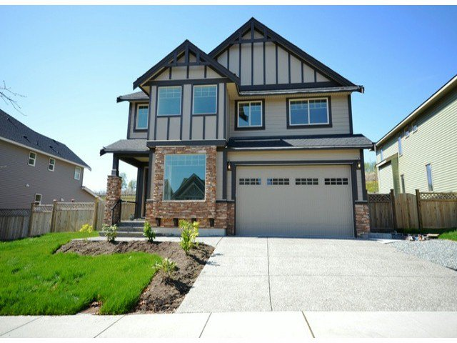 Main Photo: 2311 Chardonnay Lane in Abbotsford: Abbotsford West House for rent