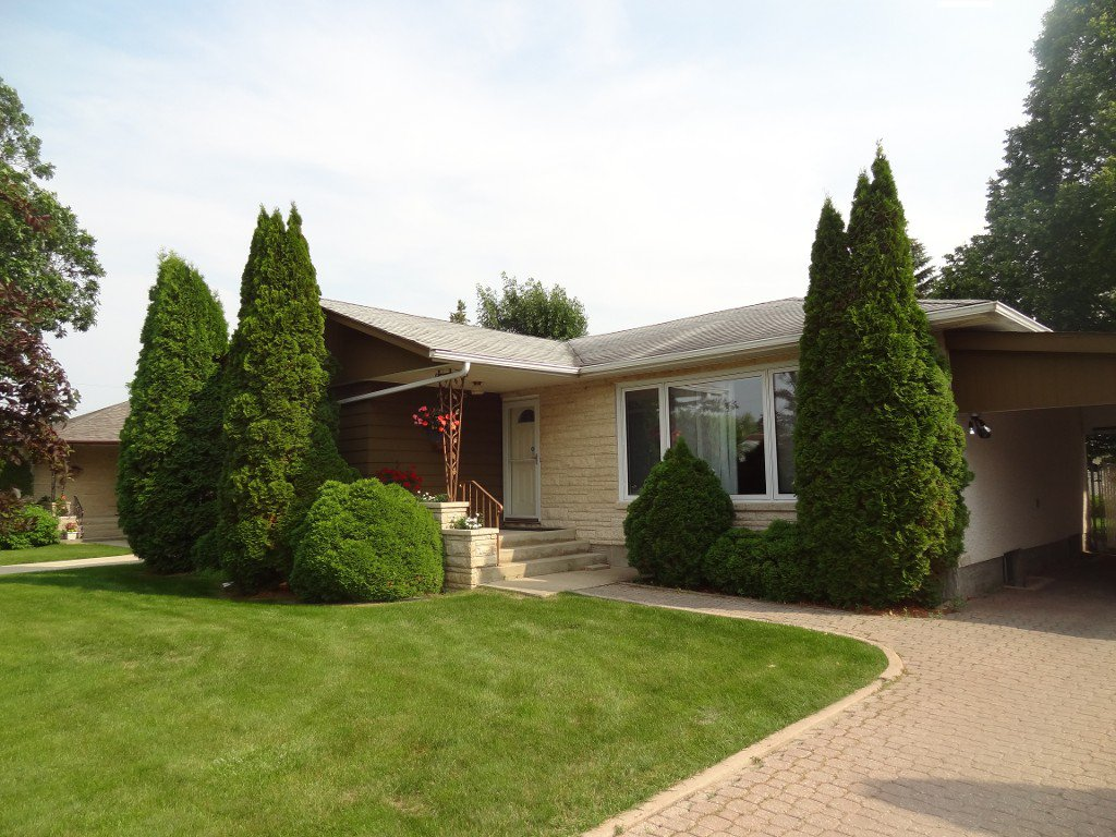 Main Photo: 3 Wordsworth Way in : Westwood Single Family Detached for sale