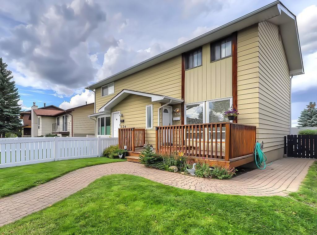 Main Photo: 128 Bergen Road NW in Calgary: Beddington Heights Semi Detached for sale : MLS®# C4269787