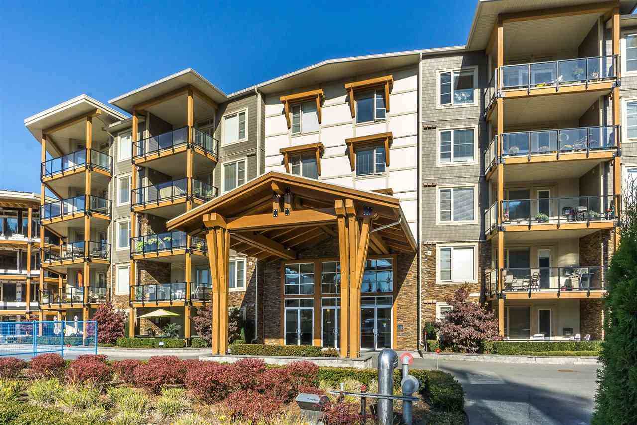 """Main Photo: 201 45750 KEITH WILSON Road in Chilliwack: Vedder S Watson-Promontory Condo for sale in """"Englewood Courtyard"""" (Sardis)  : MLS®# R2415265"""