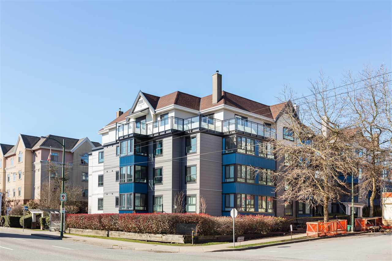 Main Photo: PH6 2405 KAMLOOPS Street in Vancouver: Renfrew VE Condo for sale (Vancouver East)  : MLS®# R2443675