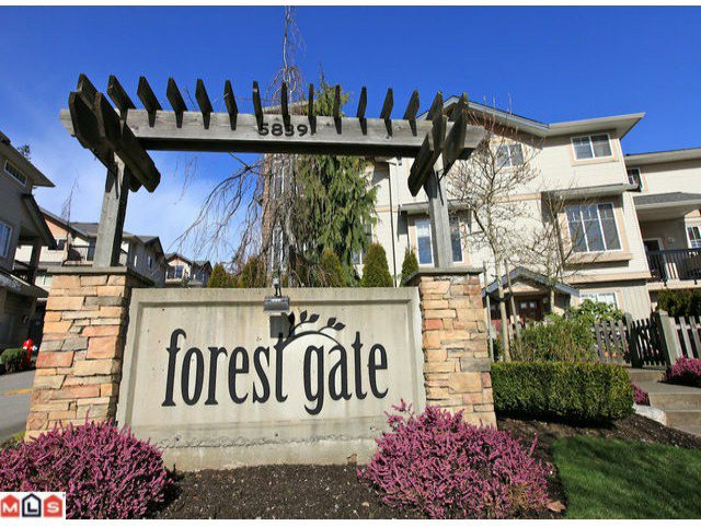 "Main Photo: 68 5839 PANORAMA Drive in Surrey: Sullivan Station Townhouse for sale in ""Forest Gate"" : MLS®# F1205000"