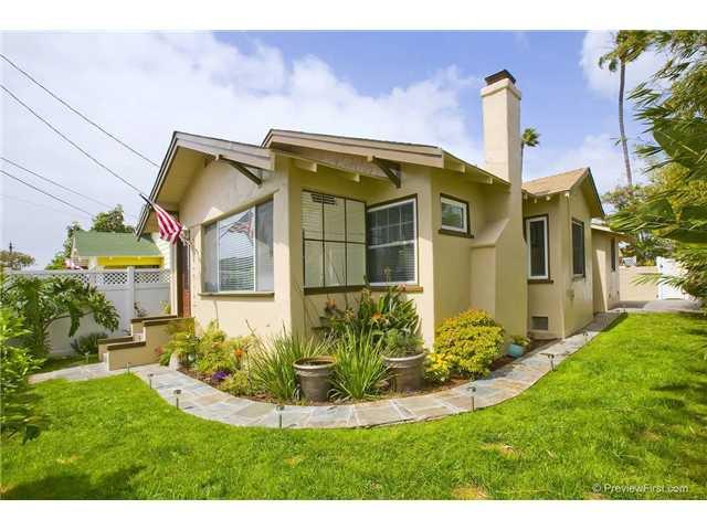 Main Photo: CORONADO VILLAGE House for sale : 2 bedrooms : 805 5th Street in Coronado
