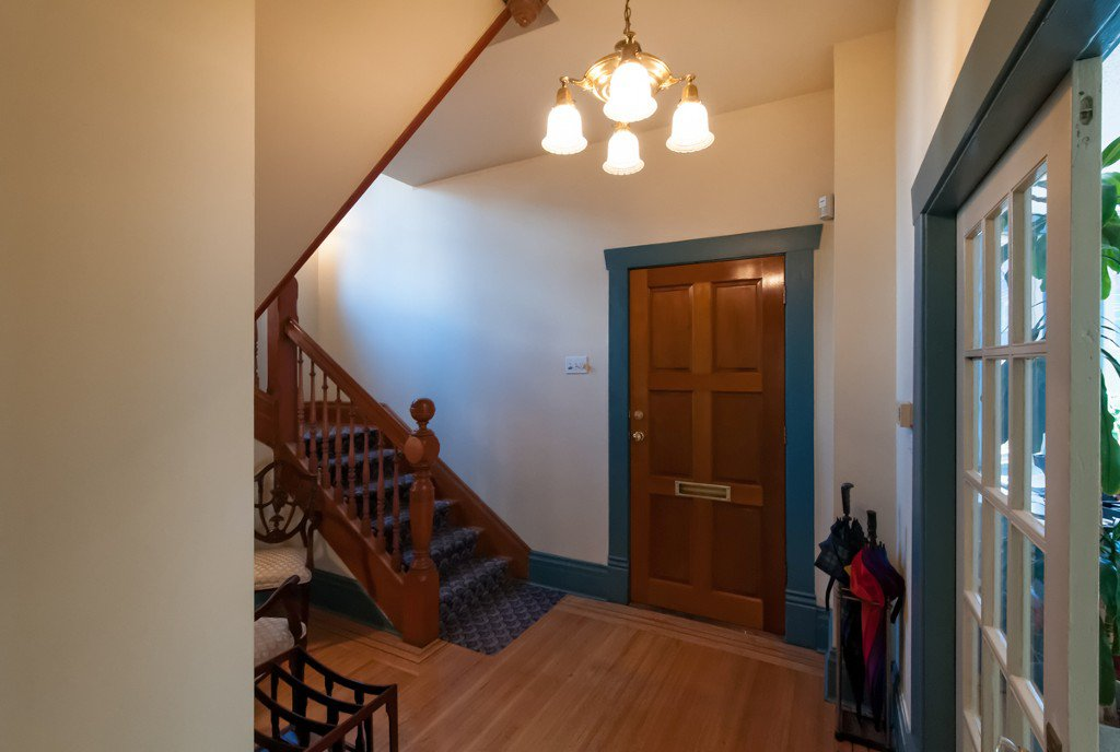 """Photo 7: Photos: 609 BENT CT in New Westminster: Uptown NW House for sale in """"UPTOWN"""" : MLS®# V1005805"""