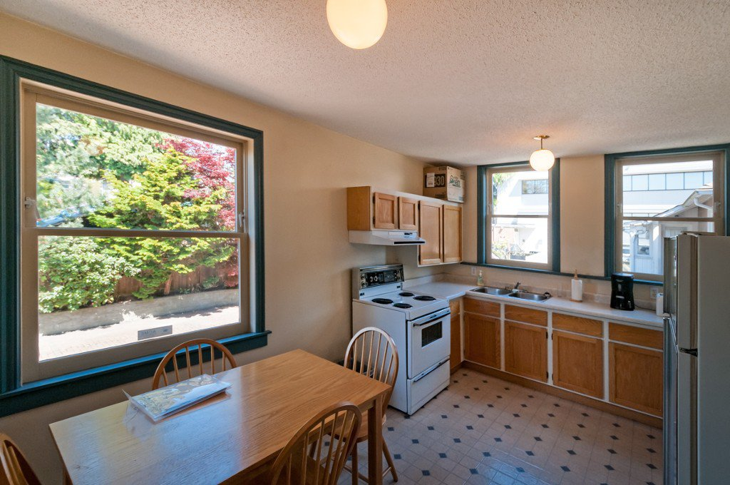 """Photo 12: Photos: 609 BENT CT in New Westminster: Uptown NW House for sale in """"UPTOWN"""" : MLS®# V1005805"""