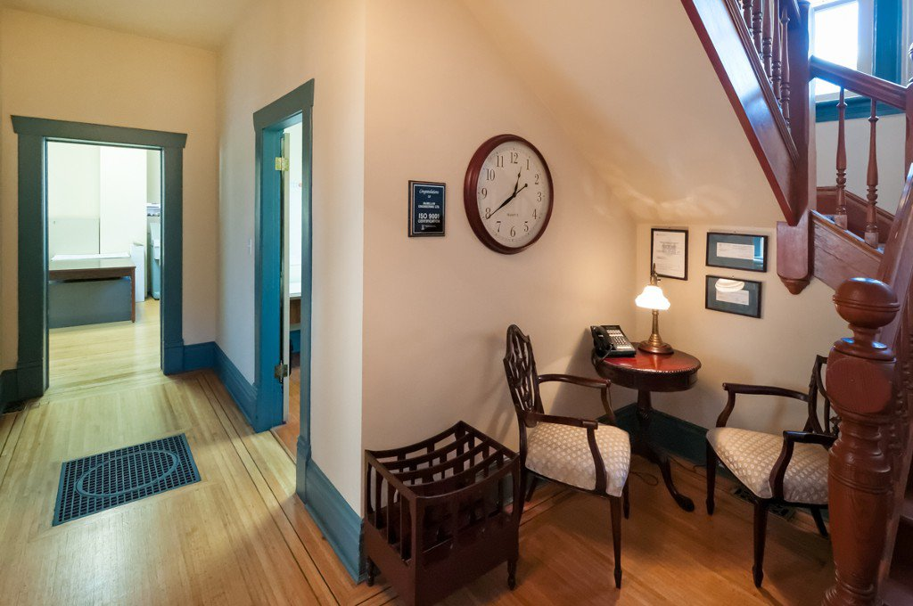 """Photo 9: Photos: 609 BENT CT in New Westminster: Uptown NW House for sale in """"UPTOWN"""" : MLS®# V1005805"""