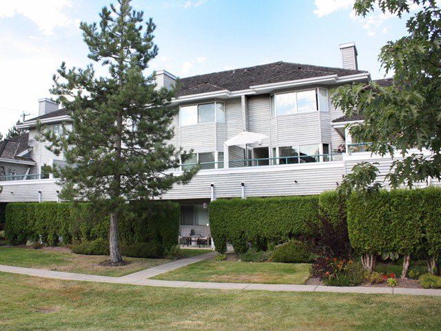 Main Photo: # 6 13630 84 AV in Surrey: Bear Creek Green Timbers Condo for sale : MLS®# F1318993