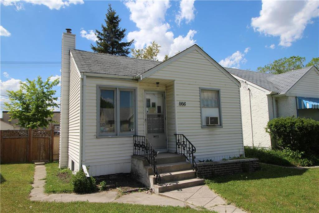Main Photo: 1166 Strathcona Street in Winnipeg: West End Residential for sale (5C)  : MLS®# 202012366