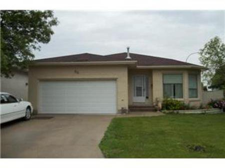 Main Photo: 66 Waimea Cove: Residential for sale (Garden City)  : MLS®# 1112699