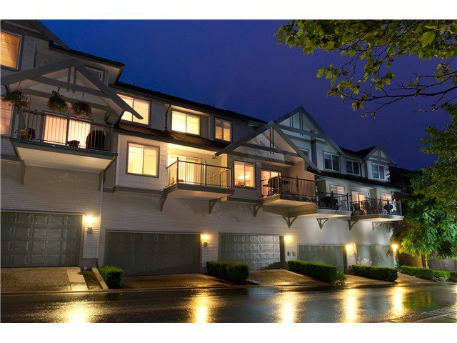 """Main Photo: 7 2351 PARKWAY Boulevard in Coquitlam: Westwood Plateau Townhouse for sale in """"WIND DANCE"""" : MLS®# V960053"""