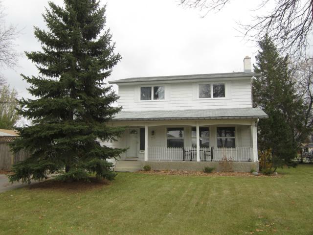 Main Photo: 70 Menno Bay in WINNIPEG: East Kildonan Residential for sale (North East Winnipeg)  : MLS®# 1222147