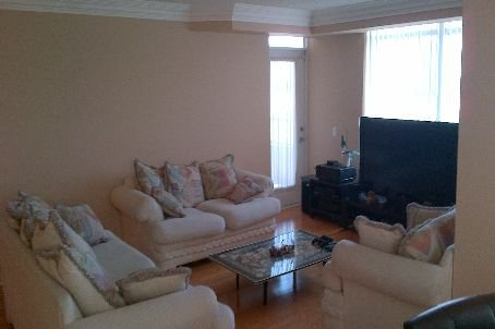 Main Photo: 711 35 Kingsbridge Garden Circle in Mississauga: Hurontario Condo for lease : MLS®# W2601180
