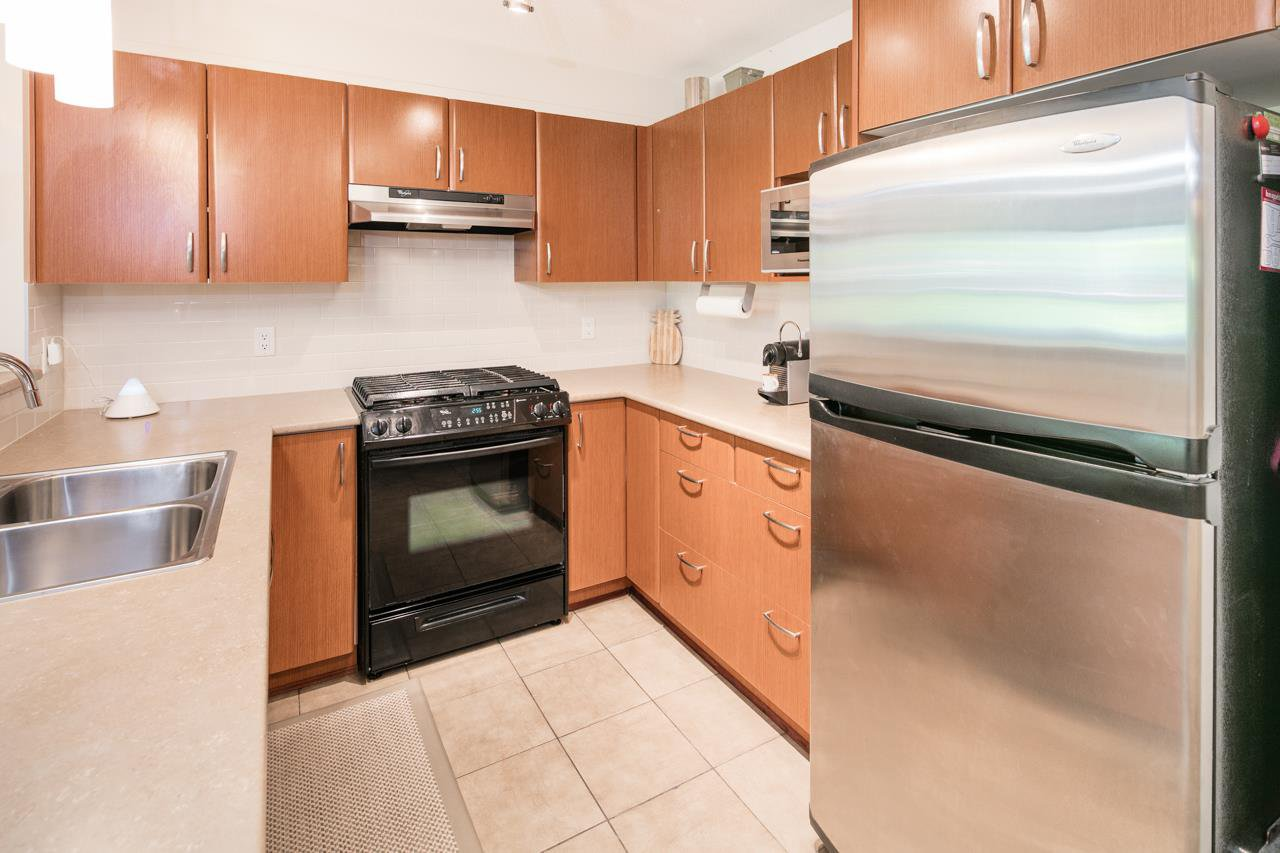 Photo 8: Photos: 103 4783 DAWSON STREET in Burnaby: Brentwood Park Condo for sale (Burnaby North)  : MLS®# R2100540