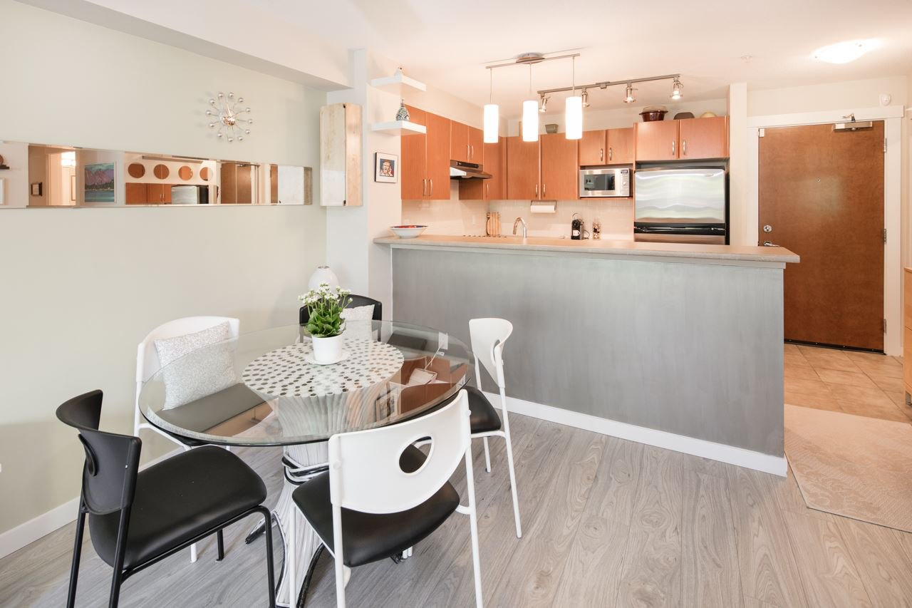 Photo 6: Photos: 103 4783 DAWSON STREET in Burnaby: Brentwood Park Condo for sale (Burnaby North)  : MLS®# R2100540