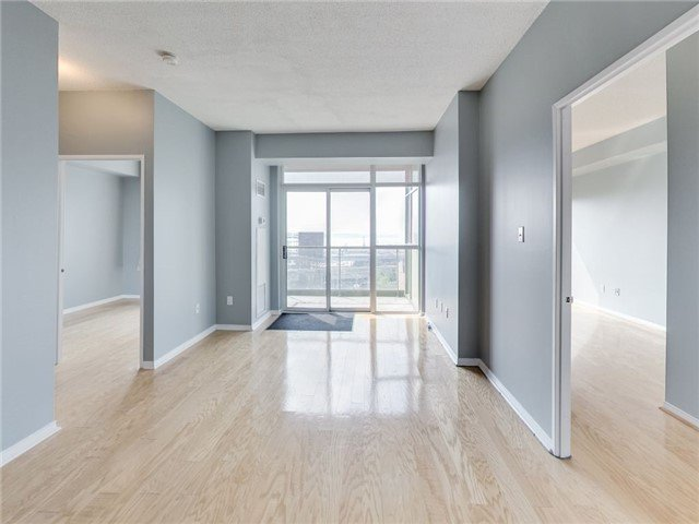 Main Photo: 39 Parliament St Unit #919 in Toronto: Waterfront Communities C8 Condo for sale (Toronto C08)  : MLS®# C3610177