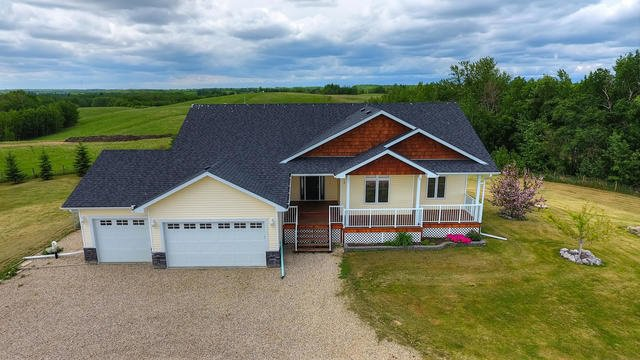 Main Photo: 10 1307 TWP RD 533 Road: Rural Parkland County House for sale : MLS®# E4172189