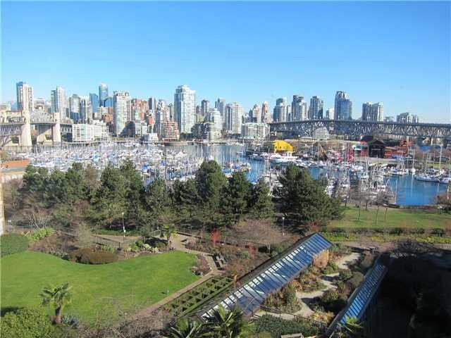 "Main Photo: 702 1470 PENNYFARTHING Drive in Vancouver: False Creek Condo for sale in ""TWO HARBOUR COVE"" (Vancouver West)  : MLS®# V1006870"