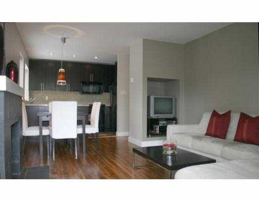 Main Photo: 1 1606 W 10TH AV in Vancouver: Fairview VW Condo for sale (Vancouver West)  : MLS®# V542342