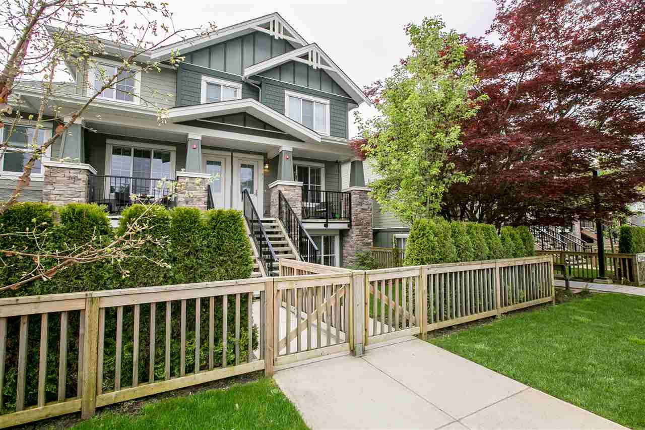 Main Photo: 22 2138 SALISBURY Avenue in Port Coquitlam: Glenwood PQ Townhouse for sale : MLS®# R2263862